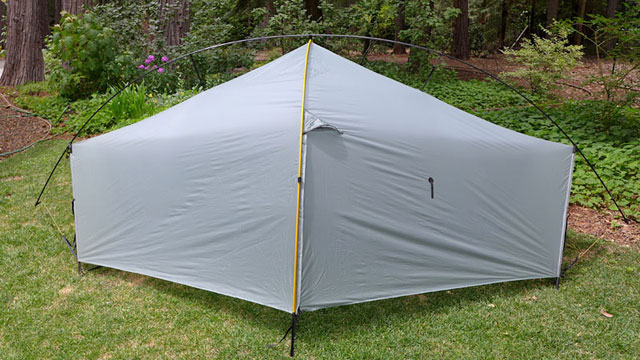 Sets up with two stakes or free-standing with optional crossing pole. & Tarptent Double Moment