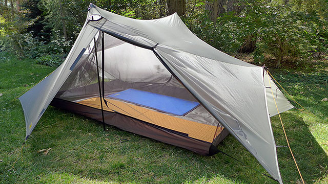 The Saddle 2 is a two-person version of the Notch offering 85% more floor space full stuffability and full utility as a floorless tarp-for-two or as a bug ... & Tarptent Whatu0027s New