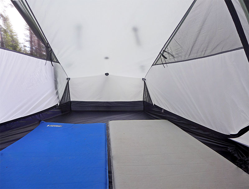 The optional crossing poles give the Scarp 1 even more muscle to stand against harsh weather conditions making it our strongest Tarptent. & Tarptent Products